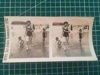 QQ008 Photo stéréoscopique les jolies baigneuses - Circa 1930 femme maillot bain