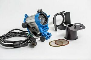 ARRI 150 Watt Tungsten Fresnel Light w/barndoors, snoot and 2 scrims ser# 5317