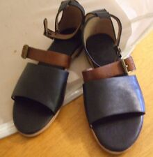 NEW Gee' WaWa Sz W's 6 Black/Brown Leather Handmade Two Strap Sandal Shoe