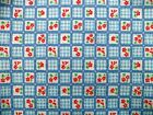 Coupon tissu Coton Gauffré Imprimé Fleurs et Carreaux sur fond Bleu 60x40cm