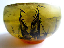 vase miniature, coupe ronde pâte de verre signée Peynaud: Paysage Lacustre