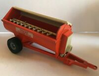 BRITAINS 1980 HOWARDS ROTASPREADER 155 MANURE SPREADER VINTAGE FARM MACHINERY