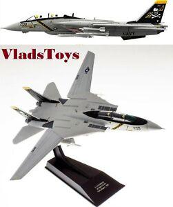 F-14A Tomcat USN VF-84 Jolly Rogers AJ200 USS Nimitz 1/100 Hachette HADC01