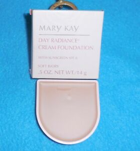 Mary Kay Day Radience Cream Foundation soft Ivory