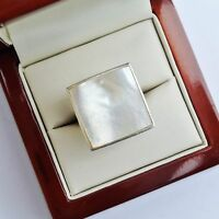.925 Sterling Silver MOTHER OF PEARL SQUARE Ladies Ring UK Size M 1/2; US 6 1/2