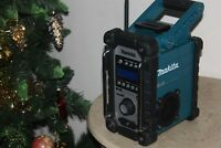 VGC MAKITA 18V LXT BMR104 JOB SITE RADIO DAB/FM/AUX CAN WORK WITH MAIN & BATTERY