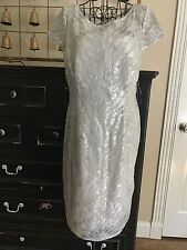 Adrianna Papell Women Feather Sequin Sheath Cocktail Dress Sz 10 Silver Elegant