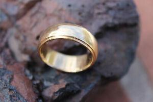 Vintage Mens 14K Gold Wedding Band Ring, Size 8.75, weighs 9.5 grams