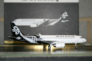 Gemini Jets 1:200 Air New Zealand Airbus A320-200 ZK-OXB (G2ANZ479) Model Plane