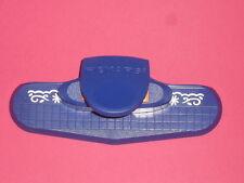 perforatrice bordure,frise (motif:fleur)  taille de la découpe (52x11mm)