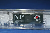 N Scale MTL Micro Trains 40' Hy-Cube Box Car Northern Pacific 101 00 010