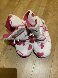 Ladies Pink/White Slippers Boots Size 5-6