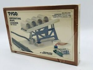 TYCO Operating Pipe Loader Remote Control HO Scale Item 951 NEW