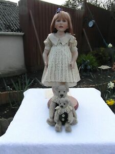 BERDINE CREEDY DOLL SHANI -  COMES WITH ORIGINAL OUTFIT+ BEARS + EXTRA OUTFIT.