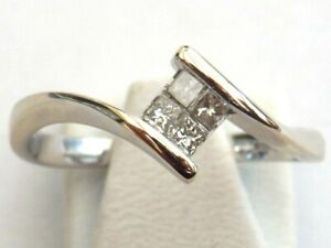 18ct Gold Diamond Ring Full Hallmarks Size P   Item:A3589
