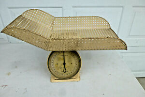 Vintage 30 lb.Yellow Baby Scale with Baby Basket Chatillon USA