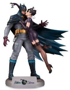 DC Comics Bombshells Batman and Catwoman Deluxe Statue