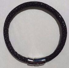 Magnetic Lock 21cm Black Stingray Leather Bracelet