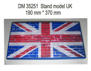 DAN Models 35251 Display Stand. UK Theme, 370x190mm Scale 1/35