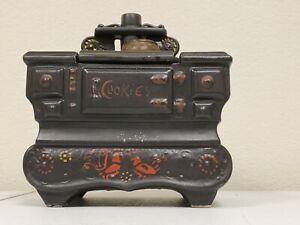 Vintage McCoy Pottery Grandma's Black Cook Stove Cookie Jar Pennsylvania Dutch