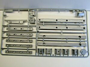 Tamiya 1:14 Scale R/C Flatbed Semi-Trailer Sprue 'D' Grey Parts only Parts Missi