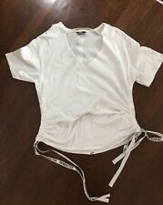 Project Runway Trendsetter Top XL white t-shirt with adjustable logo ribbons