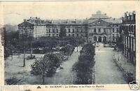 67 - cpa - SAVERNE - Le château et la place du marché