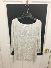 Chico's Top / Blouse  Silver & White  Size 0    3/4 sleeves