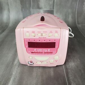 Hello Kitty AM/FM Stereo Clock Radio With CD Player Sanrio 2003 KT2059