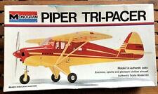 Piper Tri-Pacer kit + Triumph Spitfire diecast