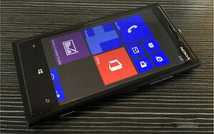 "Nokia Lumia 920 4G LTE Windows GSM 32GB Unlocked Smartphone 4.5"" Touch Screen"