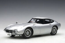 Autoart 78752 - 1/18 Composite Toyota 2000 Gt Coupe (Silver) 1965 - New