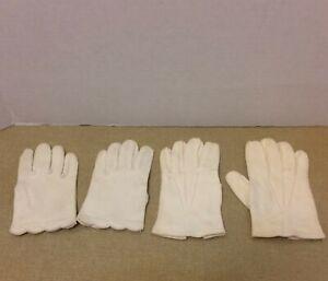 2 Pair of Vintage 1950s Tiny Toddler Size Girl's Gloves ~ Short White
