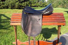 STUBBEN Tristan dressage saddle WOOL 17.5, 31 tree medium/ wide black