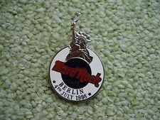 Hard Rock Cafe Berlin 4 Juli 1998 mit Freiheitsstatue USA Amerika Anstecknadel