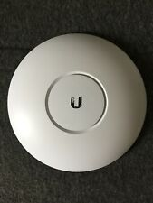 Ubiquiti Networks UAP-AC-PRO wireless access point 1300 Mbit/s - Boxed