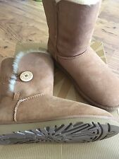Ugg Bailey Button Chestnut Boots Size 4.5 women's Brand New in Box