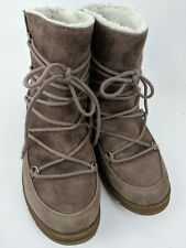 Mad Love Boots Womens Size 7 1/2  Beige Brown Short Suede Shearling Lace Up