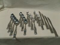 GIBSON-COCA-COLA STAINLESS SILVERWARE / FLATWARE SET OF 20 COKE