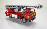 Wiking 061802 Mercedes 1619 Metz Feuerwehr DLK 23-12