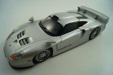 UT Modellauto 1:18 Porsche 911 GT1