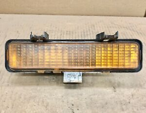 1982-1993 Chevrolet GMC S10 S15 Blazer Jimmy Turn Signal Light Parking Lamp RH