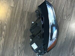 Audi S5,A5 Head light. 8T0 941 006E. Like new condition. Right Side.