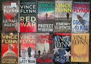 VINCE FLYNN MITCH RAPP THRILLER 8 BOOK LOT PAPERBACK NOVELS BOOKS FREE SHIPPING!