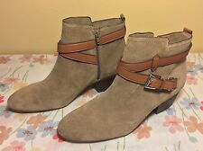 NEW COACH Booties Pauline Ankle Boots Shoes Women's Size 10 M Suede Tan Zipper