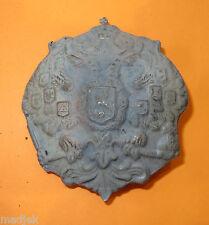 Insigne,attribut casque ADRIAN  Russe, fer gris,1 ère Guerre,superbe copie.Lot 7