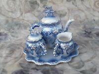 Snowflake 4 Pc. Ceramic Tea Set