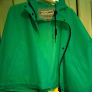 Women's Hunter Vinyl Cropped Raincoat Large
