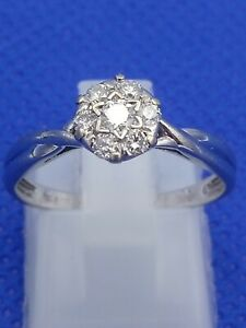 Ernest Jones 18 Carat White Gold 0.25 CT Diamond Cluster Ring Size M.5  2.2g