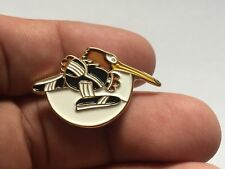 RARE NEW ZEALAND GOLDIE KIWI BIRD MASCOT OLYMPIC BADGE PIN